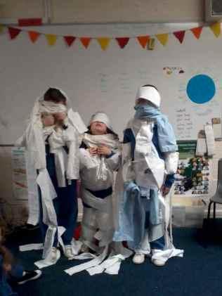 Hallowe'en mummies